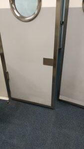 protector puerta cocina
